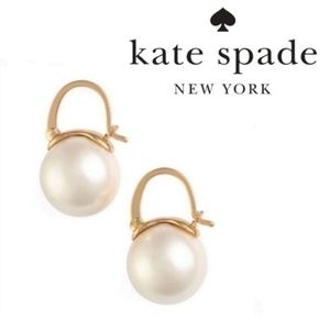 ♠️Kate Spade♠️ Pearl Drop Earrings